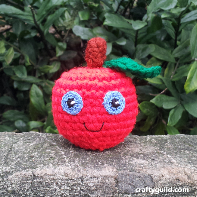 free apple amigurimi pattern 2