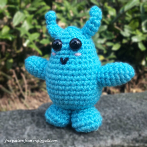 blue monster amigurumi
