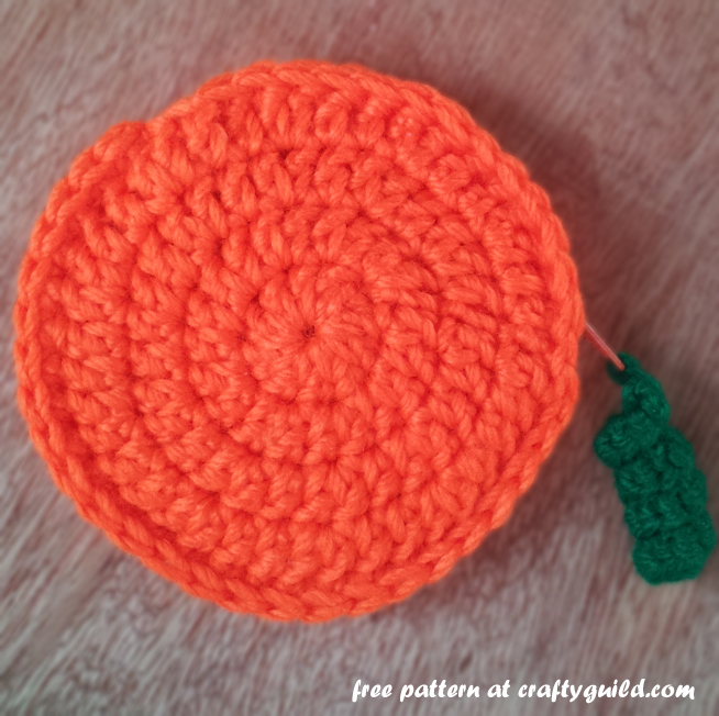 pumpkin inspired coin purse - free crochet pattern 1
