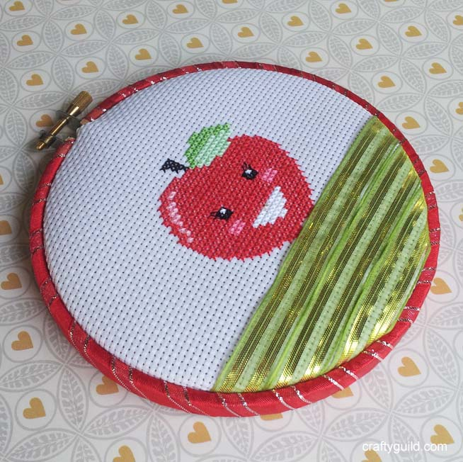 free apple cross stitch pattern 1