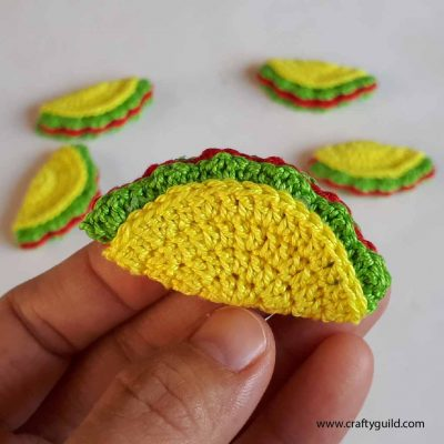 How to Crochet a Mini Taco