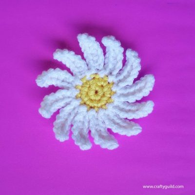 How to Crochet Daisies