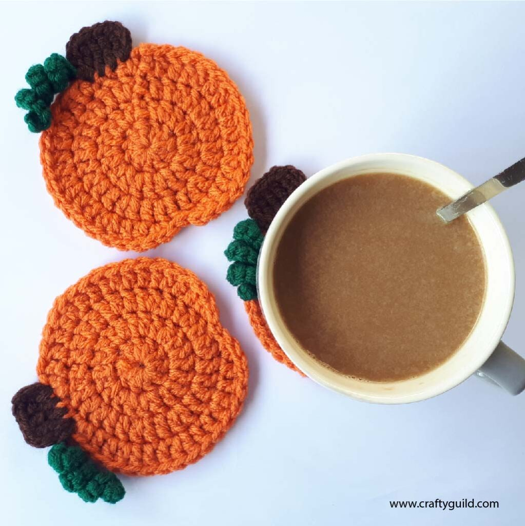 crochet halloween pumpkin coasters